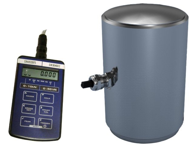 Digital Compression Load Cell Calibrator (3000 kN) 1